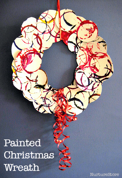 simple Chrsitmas wreath for kids - such a pretty Christmas craft!