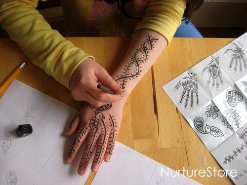 Mehndi Hand Decoration Games : Henna math games making mehndi patterns nurturestore