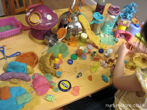 free play with loose parts