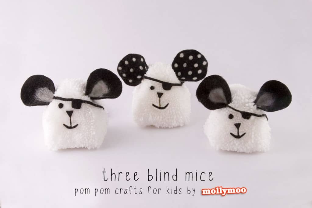 Super cute pompom craft for kids: thre ebling mice, for songs and storytelling
