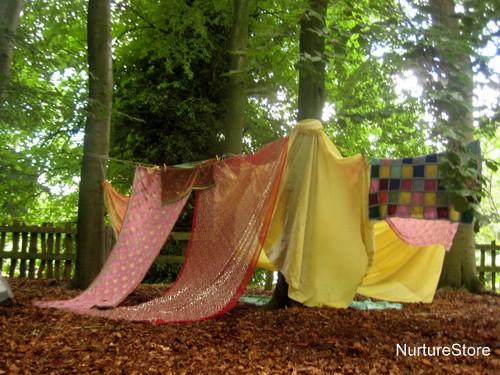 Build a den day! Simple Play - NurtureStore