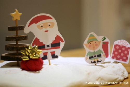 Free download :: printable Father Christmas puppet set  | NurtureStore :: inspiration for kids