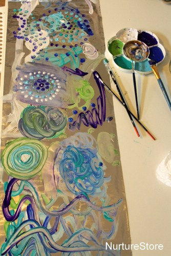 Simple art ideas painting on foil nurturestore for Painting craft projects