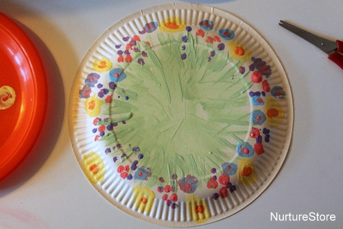 how to make easter baskets out of paper plates