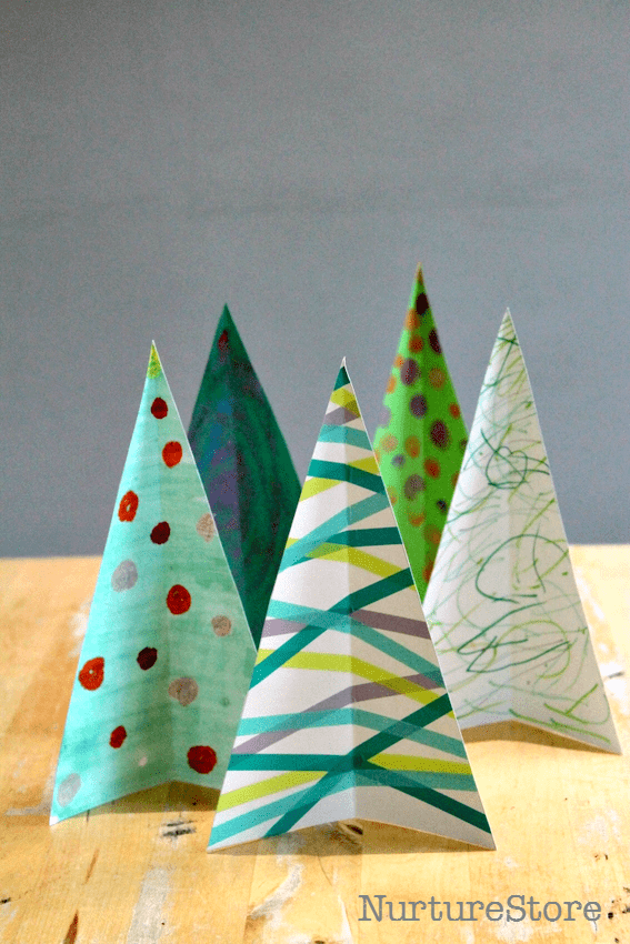Christmas sensory play :: Christmas tree craft and matching game - NurtureStore