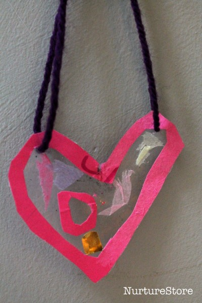 simple valentine craft hearts
