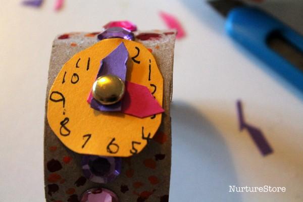 make a clock craft for kids