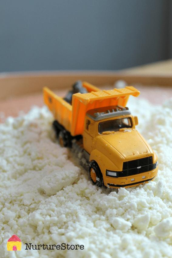 snow-pretend-play-preschool