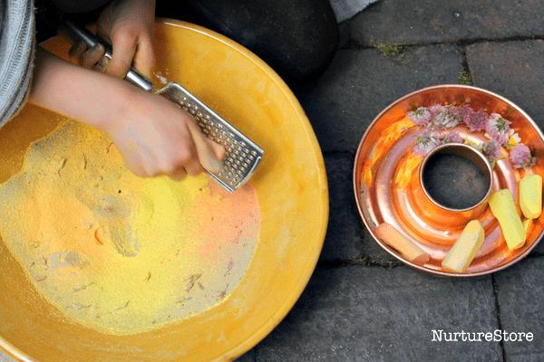 make colored sand