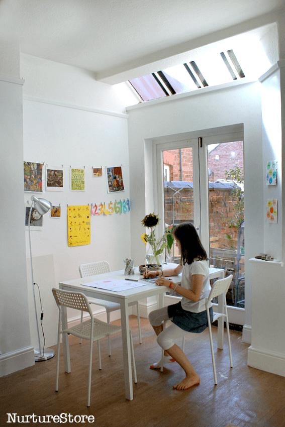 simple-homeschool-room-set-up