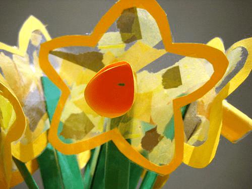 daffodil suncatcher craft