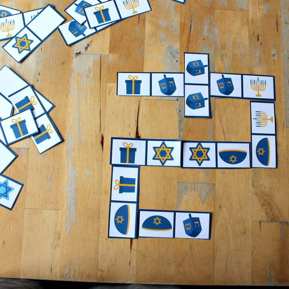 hanukkah dominoes game sq
