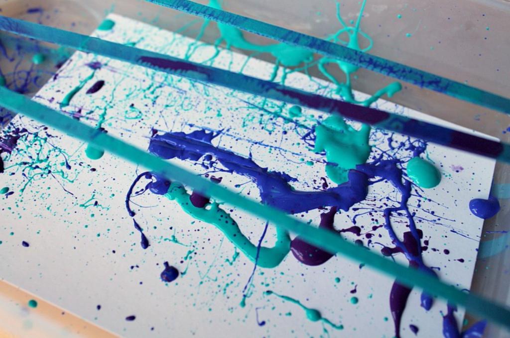 elastic band painting technique
